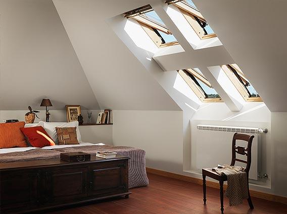 Finestre per tetti e mansarde lucernai rivenditore for Finestre velux misure standard