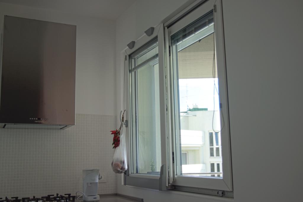 Vendita e assistenza finestre e infissi in legno alluminio - Finestre in alluminio e legno ...