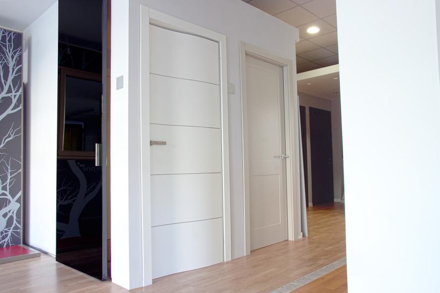 Vendita porte da interno e da esterno in abruzzo e molise realizzazione finestre legno alluminio - Showroom porte e finestre ...