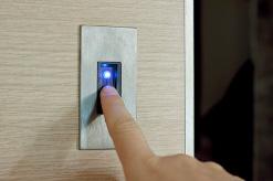 Vendita e assistenza porte biometriche blindate in Abruzzo - Rivenditore porte blindate biometriche in Abruzzo